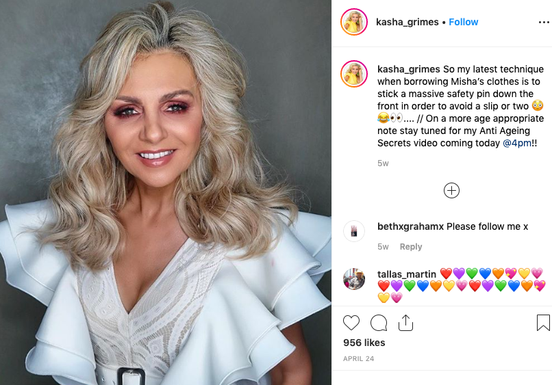 mom follows daughter and get 20000 Instagram followers