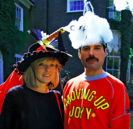 pictures of Freddie Mercury and Mary